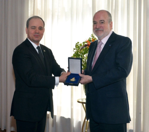 Jean-Paul Carteron, Cercle des Ambassadeurs